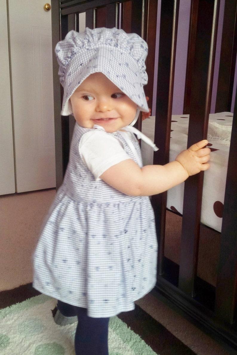 Un bébé filles espagnol Romany Robe /& Bonnet Set 3-36 mois