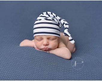 newborn knot hat - white and navy stripe