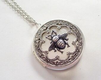 Silver Honeybee Locket, Ornate Silver Bee Locket, Round Silver Locket, Silver Locket Pendant Necklace, Bee Jewelry, Graduation Gift