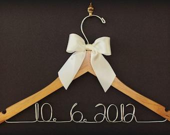 Wedding Hanger, Bridal Robe, Silk Robe, Bridesmaid Proposal, Flower Girl Dress, Mom Gift, Personalized Gift, Photo Booth props, Graduation