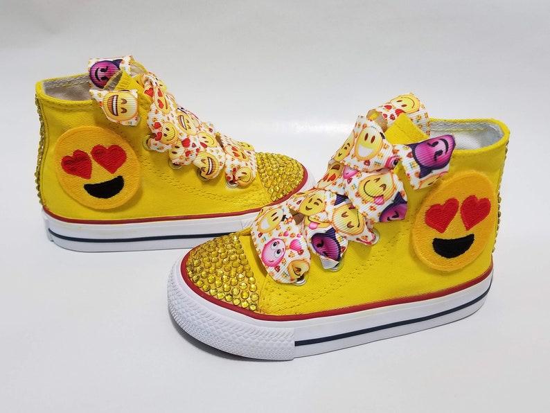 converse kids yellow