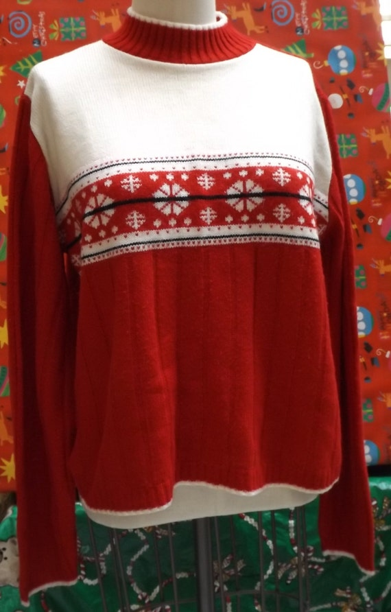 Ugly Christmas Sweater Red Snowflakes vintage larg