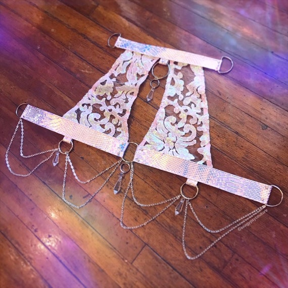Unicorn Filigraan Kroonluchter Harness Halter Top | Made To Order by Etsy