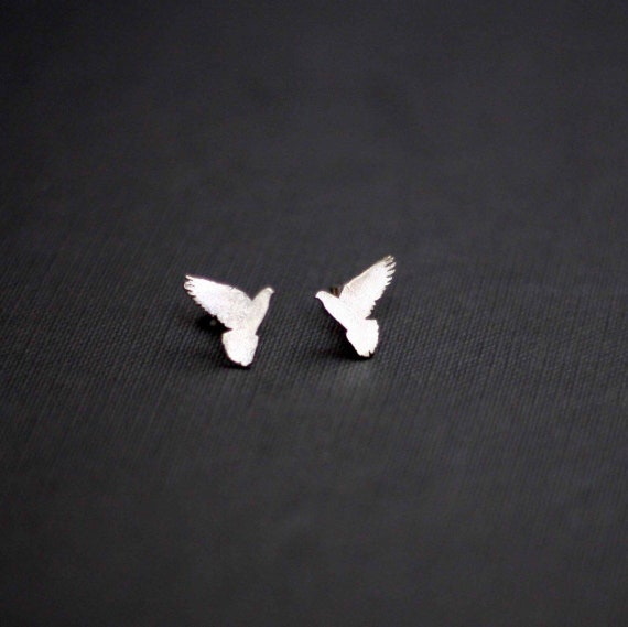 Dove Bird Sterling silver earrings with stud and butterfly fastening. Packaged in a jewellery gift box