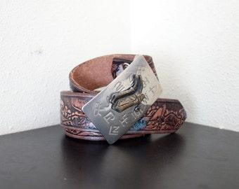 ab84e80888cf Vintage USINÉ rustique en cuir marron foncé coloré aigle peint Cowboy Western  ceinture avec boucle en botte 36 37 38 39 40