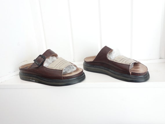dfede7c797de Vintage Made in England Brown Leather Doc Dr Martens Clogs