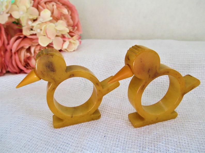 Vintage Bakelite Set Of 2  Bird w Beak Napkin Rings 1940/'s  Figural ChickBird Napkin Rings Bakelite Napkin Ring