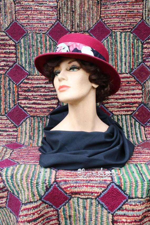 Vintage Burgundy Felt Boater Hat