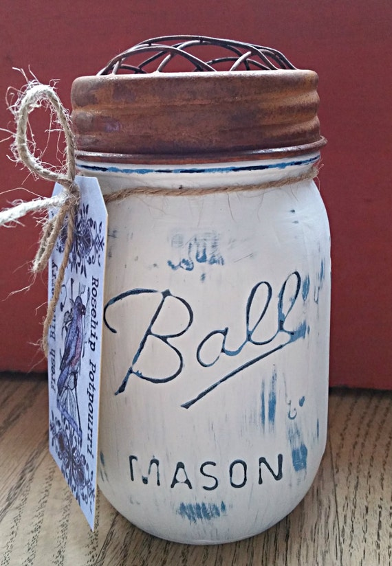 Fresh Bleuberry 16 oz soy wax candle in chalk paint mason jar