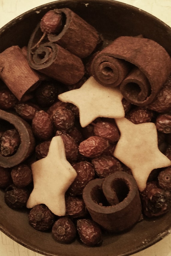 Sugar Cookie Fixins ~   Potpourri  -  primitive bowl fillers with  refresher oil