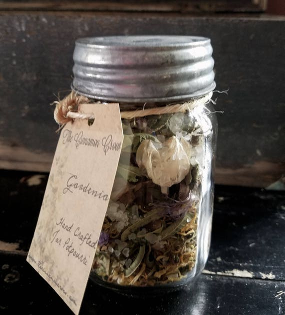 I pint  Hand Crafted Gardenia Jar Potpouri