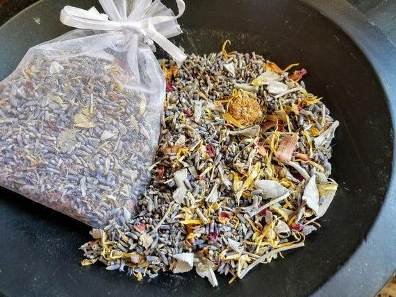 Lilac and Lavender Potpourri Sachet