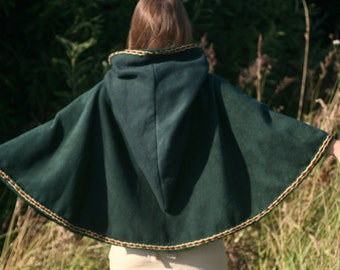 Green hooded cape - hooded capelet - hooded cloak - medieval cape -  game of thrones cape - elven capelet - game of thrones capelet