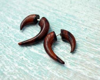 Earrings Fake Gauge Earrings Wooden Mini Hook Talon Tribal Earrings - Gauges Plugs Bone Horn - FG062 W