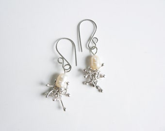 Pearl earrings, sterling silver with pearl, pearl earrings dangle, freshwater pearl earrings, pearl earrings wedding, bridal pearl earrings
