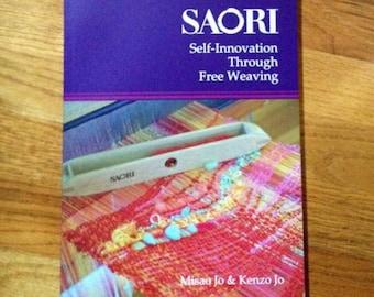 The Saori english  weaving book in english Self innovation through free weaving in stock :saorisantacruz