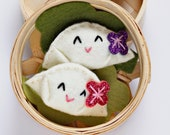 Felt Play Food Dumplings, Perogies, Felt Perogy, Bamboo Steamer, Pretend Dim Sum, Cute Gift for Foodie, Kawaii, Lunar New Year, Gyoza