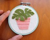 Mini Monstera Plant / 3 inch Embroidery Hoop Art, Felt Succulent Wall Art, Nursery Wall Art, Kids Decor, Cats and Plants Collection