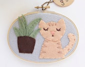 Tan Cat w/ Snake Plant, Felt Nursery Decor, Kitty w/ Plants, Embroidery Hoop Art, Plant Mom Gift, Cats & Plants Collection