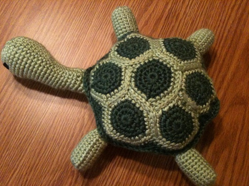 Crochet Pattern Tuckered Out Turtle image 0