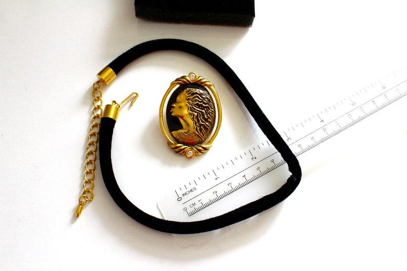 Coreen Simpson for Avon  Vintage black Cameo booch  Pendant  Necklace # 2053