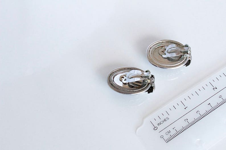 Signed WHITING /& DAVIS silver  Tone Black Glass  Leaf  Earrings Clip on #245