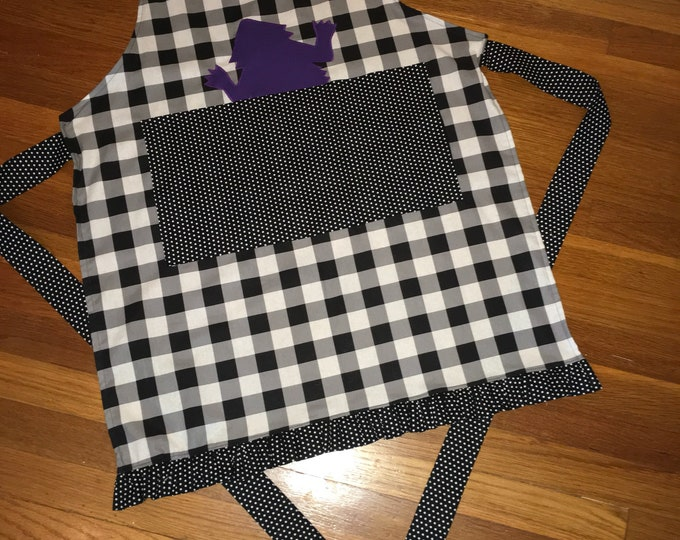 TCU Peekaboo Horned Frog Apron TCU Kitchen farmhouse apron Farmhouse kitchen buffalo plaid apron plaid kitchen