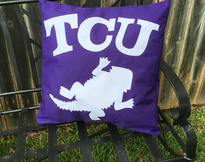 Purple Outdoor TCU Horned Frog Pillow 20x20 Pillow Cover outdoor Decor TCU decor Gameday Tailgating Ready to Ship