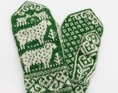 Sheepish Mittens knitting pattern - digital download