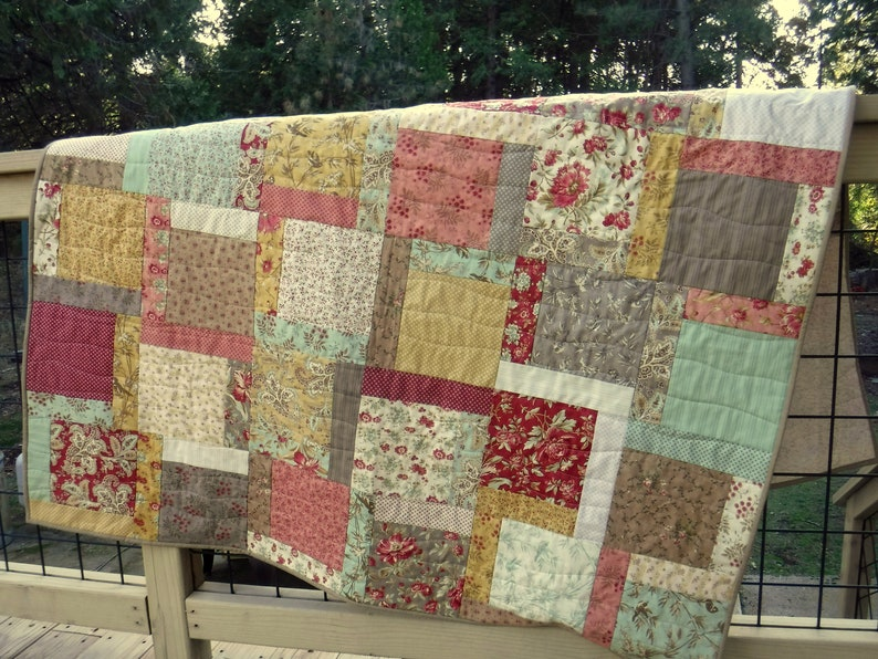 Romantic Floral Quilt Gold Red Teal Cream Quilt Spring image 0