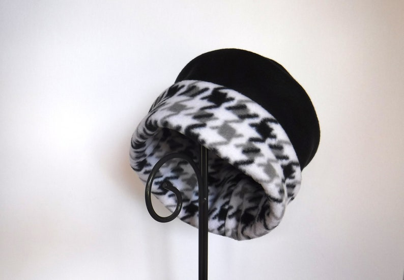 Black and Houndstooth Fleece Hat Two Tone Roll Brim Hat image 0