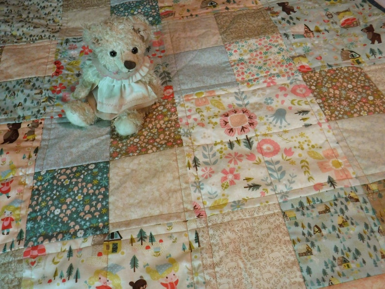 Goldilocks Quilt Baby Quilt Girl's Quilt Patchwork image 0