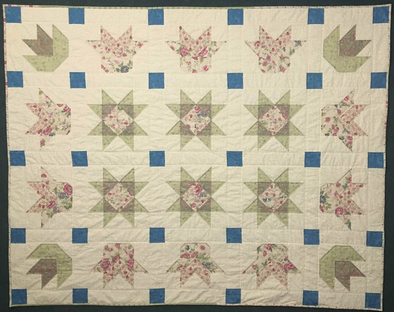 Stars and Tulips Quilt Flower Quilt Romantic Quilt Floral image 0