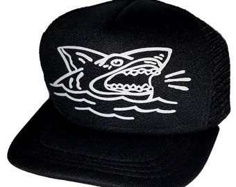 Kid s Toddler 3-7 years Shark Black Snapback Mesh Trucker Hat Cap Beach  Summer d04dcb5f750a
