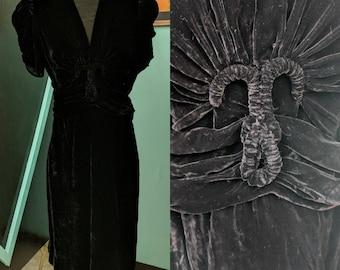 Vintage 1930s Black Velvet dress VLV
