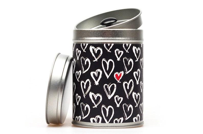 HEARTS Gift Tin image 0