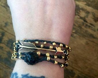 Follow: Versatile crocheted necklace / bracelet / belt / headband