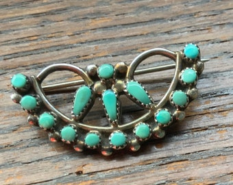 Vintage Zuni Turquoise and sterling silver brooch Excellent condition