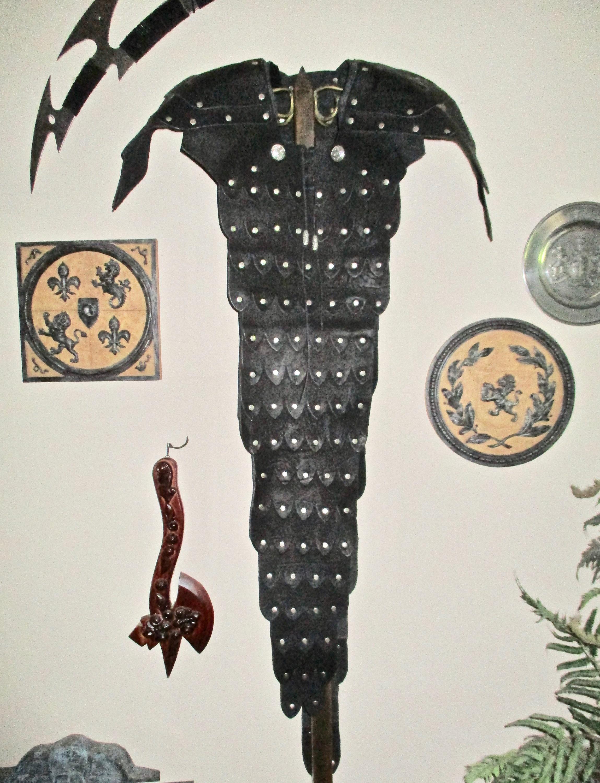 Details about  /Medieval Men Vintage Leather Metal Rivets Shoulder Armor Body Chest Belt Cosplay