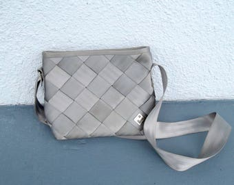 Seat Belt Purse Pocketbook Messenger Bag MAGGIE BAGS Grey Woven Belts Collectible Vintage Early 90s Trend