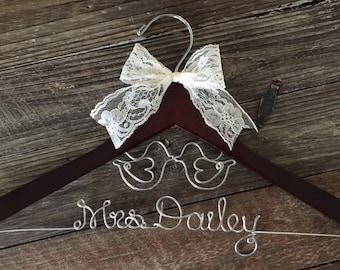LOVE BIRDS Wedding Hanger /  Rustic Bridal Hanger / Personalized Hanger / Bride Hanger / Love Birds Wedding / Burlap Rustic Wedding