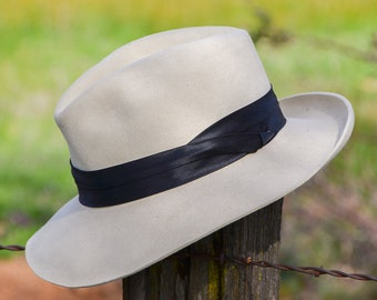 76b1f5fa59d Vintage Dobbs Fedora Ivory Wool Wide Brim Fedora Hat size 6 7 8