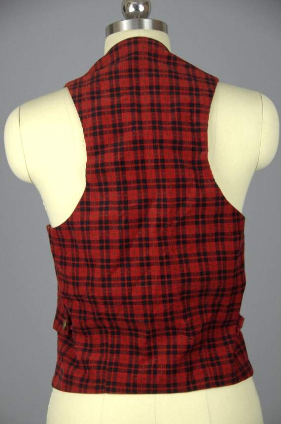 1930s Plaid Vest Buckle Back Red and Black Plaid … - image 3