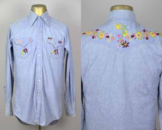 70s Embroidered Chambray Lee Denim Button Down Hip
