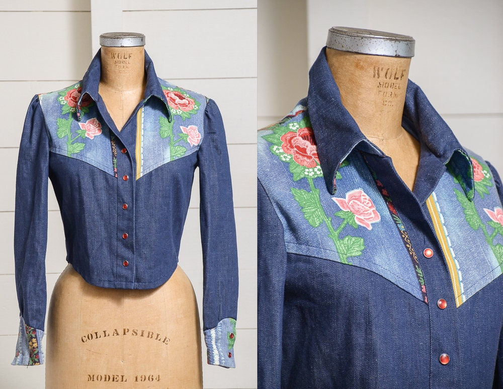 70 s veste en Jean Jean Jean floral recadrée veste en Jean à la main Glam Western Denim foncé 77900d