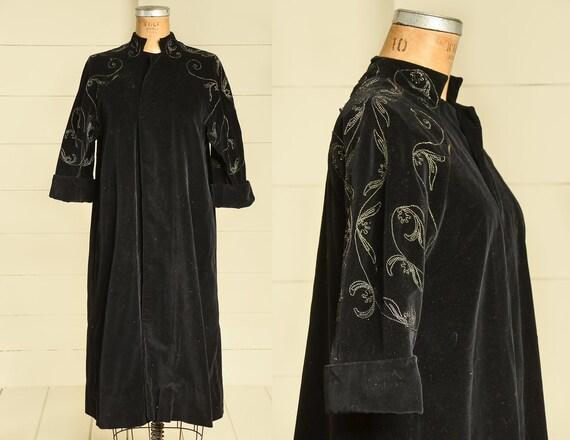 1940s Black Velvet Flapper Coat Mid Length Duster