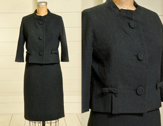 1950s Modern Knit Skirt Suit Set Two Piece Black M