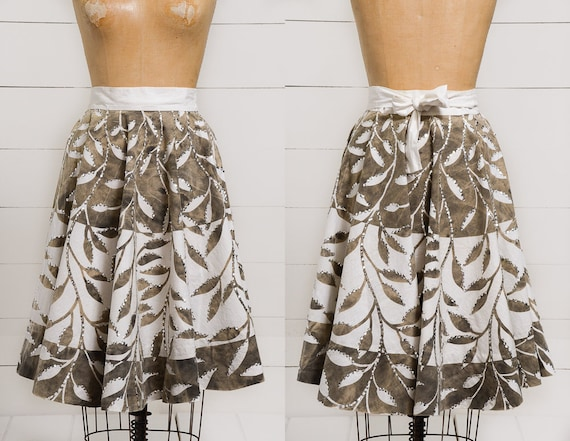 1950s Mexican Full Circle Skirt Rockabilly Silver