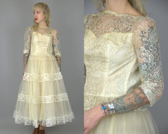 1950s Wedding Dress Ivory Lace Cupcake Tulle Weddi