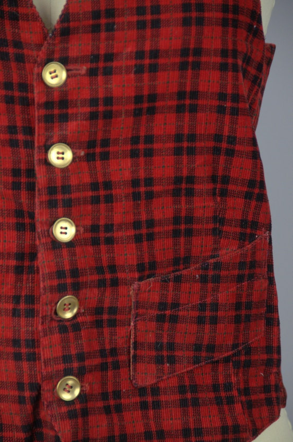 1930s Plaid Vest Buckle Back Red and Black Plaid … - image 4
